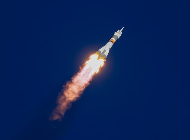 จรวดขนส่งยานอวกาศ Soyuz ล้มเหลวกลางอากาศ ต้องลงจอดฉุกเฉิน