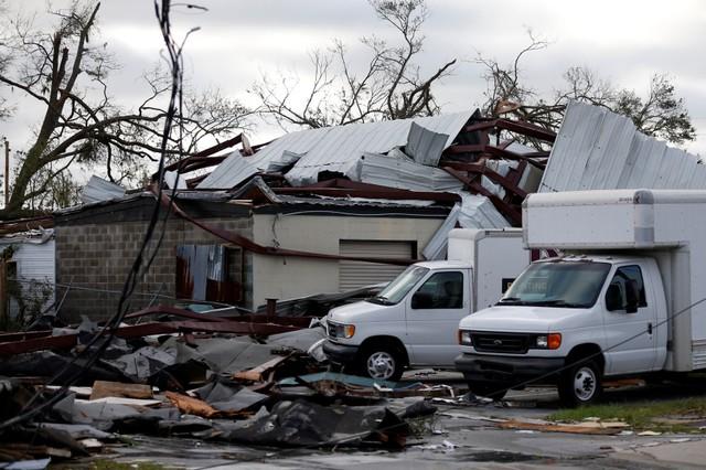 พายุ'ไมเคิล'อ่อนกำลังหลังถล่มฟลอริดา หลายพื้นที่จมน้ำ-ทรัมป์ประกาศภาวะฉุกเฉิน