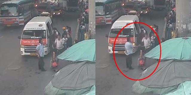 เกินไปไหม! คนขับรถตู้ตบะแตก ตบหน้าผู้โดยสาร เหตุเข้าใจว่าด่าตนเองระหว่างขับรถ