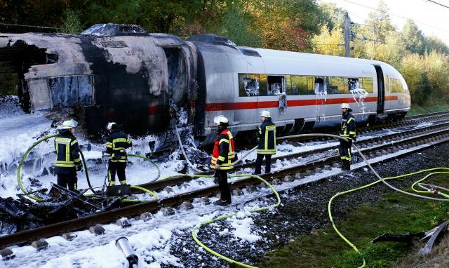 ไฟไหม้รถไฟความเร็วสูงของเยอรมนี ผู้โดยสารทั้งหมดปลอดภัย