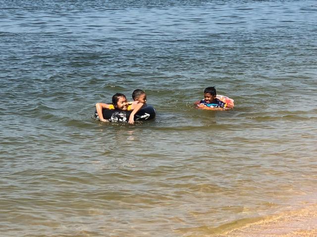 ไม่เชื่อต้องมาดู! น้ำทะเลหาดจอมเทียนใสปิ๊ง ปลุกไฮซีซันพัทยา
