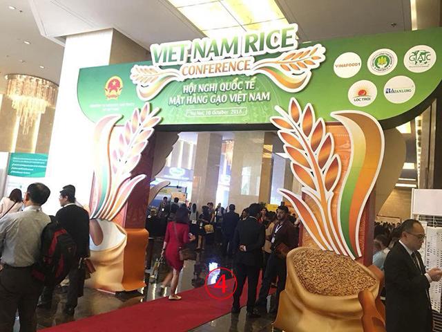 การประชุมของบรรดาผู้ค้าข้าวจากทั่วโลก จัดขึ้นที่โรงแรมมาริออตฮานอย 10-12 ต.ค.ที่ผ่านมา.-- Cambodia Rice Federation.