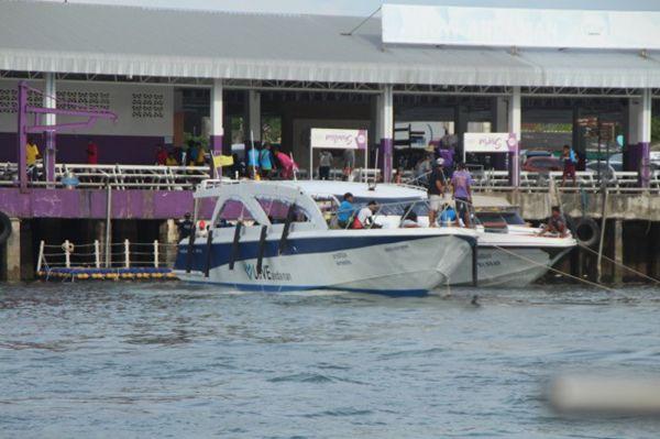 เปิดเกาะสิมิลันวันแรกเงียบ เรือท่องเที่ยวไม่นำเข้า เลี่ยงไปเกาะสุรินทร์แทน