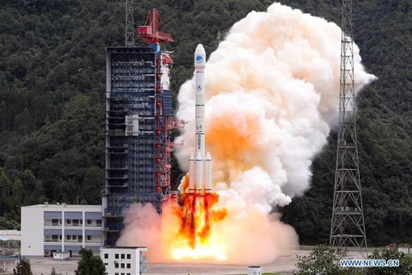 จีนส่งดาวเทียมแฝด เป่ยโต่ว-3
