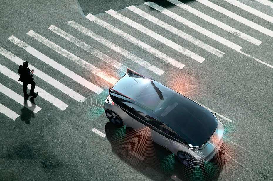 Volvo 360c ยานยนต์แห่งโลกอนาคตไร้คนขับ