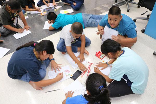 กลุ่มไทยออยล์ จัดโครงการ English Camp 2018 ครั้งที่ 2 เชิญ อ.บูรพา เสริมทักษะนอกชั้นเรียน
