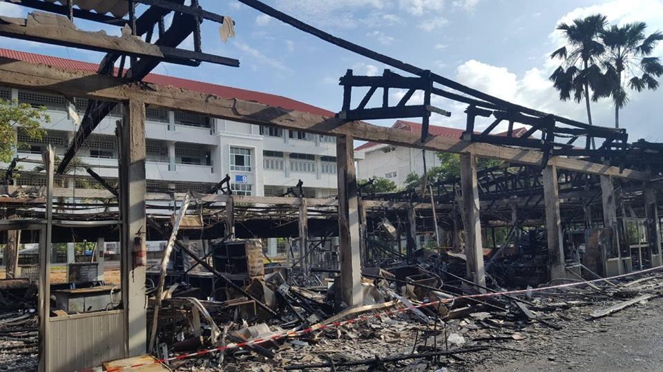"""""""บุญรักษ์"""" ตรวจอาคารเก็บอุปกรณ์ ร.ร.กัลยาณวัตร จ.ขอนแก่น หลังไฟไหม้วอดทั้งหลัง ยันไม่กระทบการสอน"""