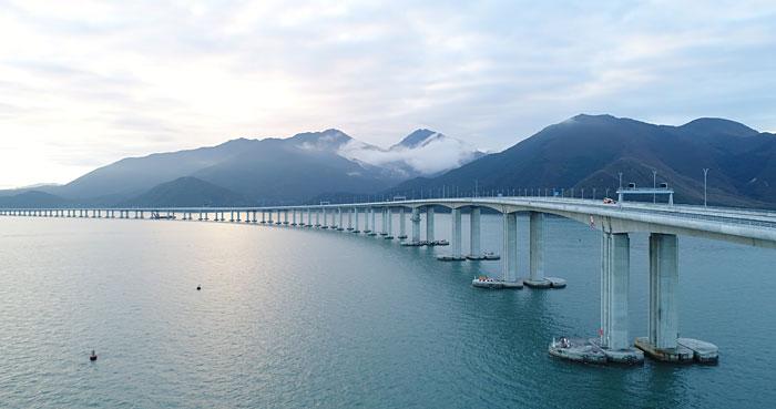 เปิดแล้ว สะพานเชื่อมฮ่องกง-จูไห่-มาเก๊า สะพานและอุโมงค์ข้ามทะเลใหญ่ที่สุดในโลก