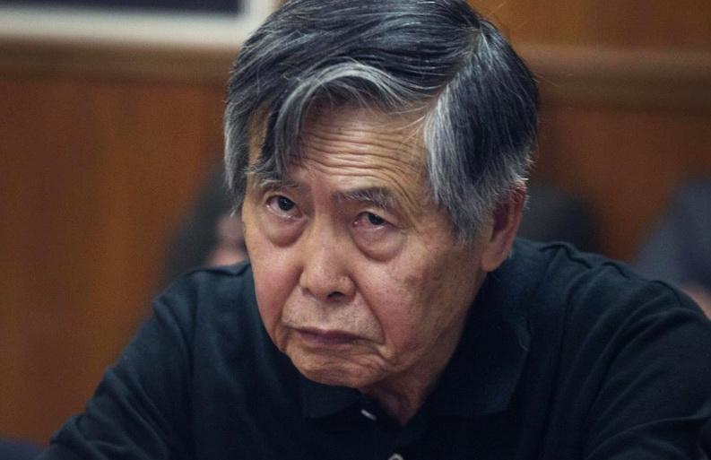 ผู้นำเปรูคัดค้านกฎหมายเอื้อ 'ฟูจิโมริ' ถูกกักบริเวณในบ้านพักแทนการจำคุก