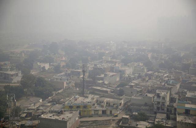 หมอกควันปกคลุมเมืองหลวงอินเดีย ขณะที่ช่วงมลพิษสูงสุดใกล้มาถึง
