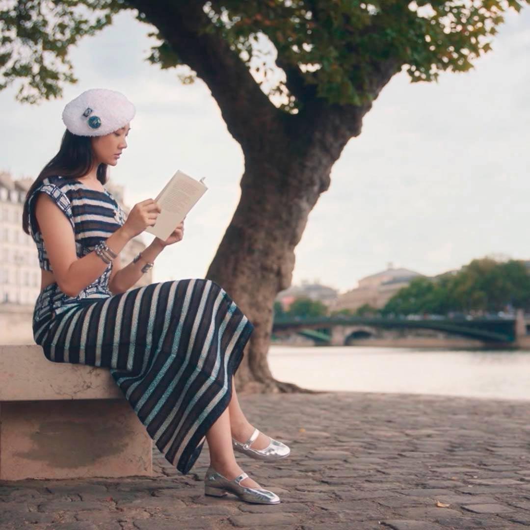 'ออกแบบ ชุติมณฑน์' ดาราไทยคนแรกที่ได้รับเลือกเป็นนางแบบแบรนด์แฟชั่นชั้นนำโลก