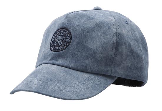 หมวกพิมพ์โลโก้ LCFC ราคา 1,100 บาท
