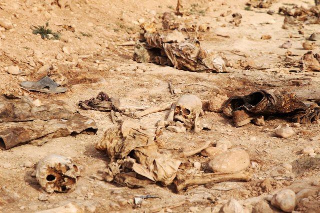 """ยูเอ็นเผย! พบหลุมศพ """"เหยื่อไอเอส"""" ขนาดใหญ่กว่า 200 แห่งในอิรัก"""