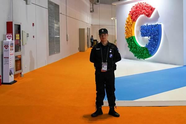 ห้องแสดงนิทรรศการของ Google ใน CIIE ครั้งแรก ในเซี่ยงไฮ้ ซึ่งจัดขึ้นระหว่างวันที่ 5-10 พ.ย. 2018  (ภาพ รอยเตอร์ส)