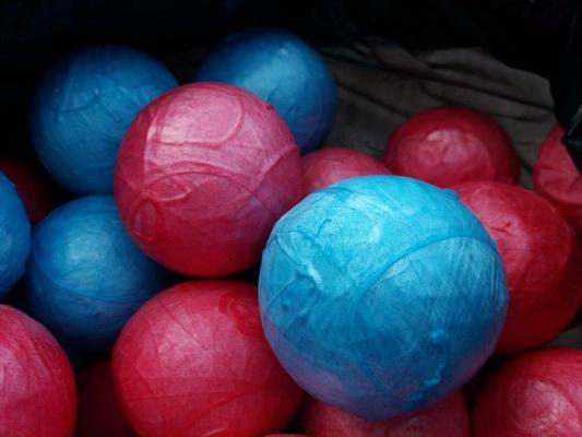 เจ๋ง!นศ.ม.อุบลฯใช้เทคนิคง่ายๆทำลูกบอลช่วยขยายหลอดเลือดผู้ป่วยโรคไตวาย