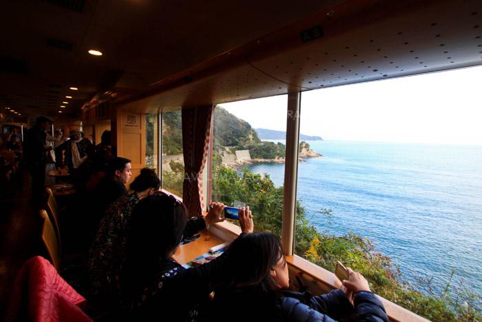 ชมวิวทะเลญี่ปุ่น