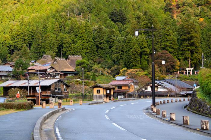 หมู่บ้านโบราณท่ามกลางธรรมชาติ
