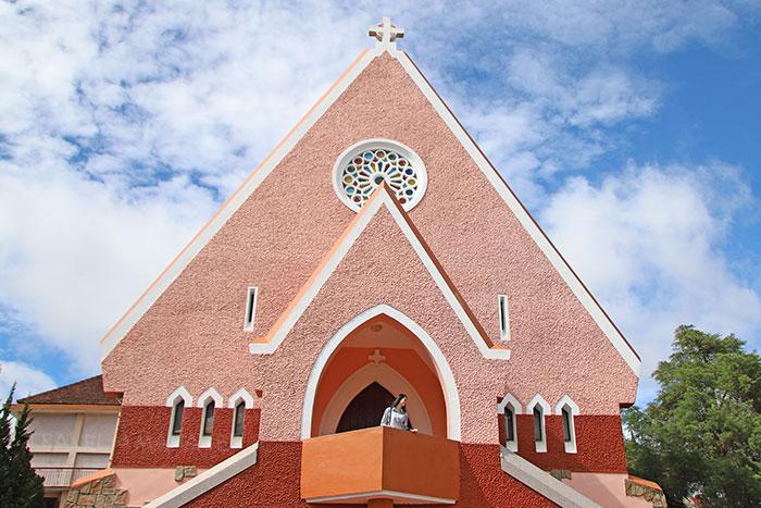 โบสถ์สีชมพู
