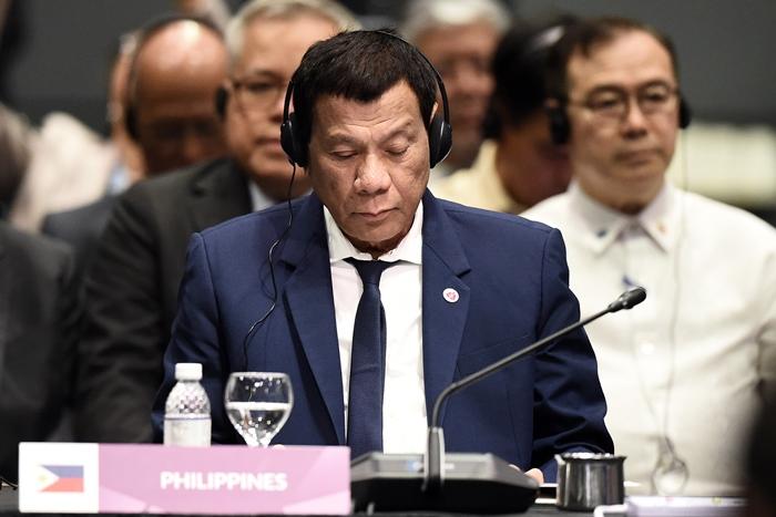 """ประธานาธิบดีฟิลิปปินส์บอก  จีน""""เป็นเจ้าของครอบครอง""""ทะเลจีนใต้อยู่แล้ว"""