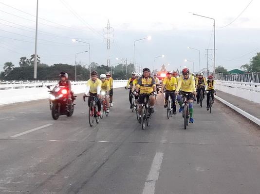 ผู้ว่าฯอุบลนำชมรมจักรยานปั่นสำรวจเส้นทาง Bike อุ่นไอรัก มั่นใจทุกเพศทุกวัยร่วมปั่น