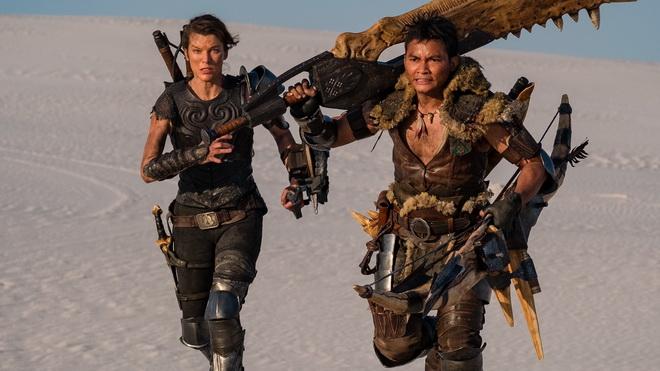 """เผยโฉม """"จา พนม"""" รับบท """"นักล่า"""" ในหนังจากเกมล่าแย้ Monster Hunter"""