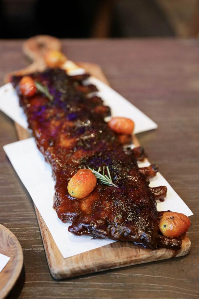 Town House Extra Long BBQ Pork Ribs