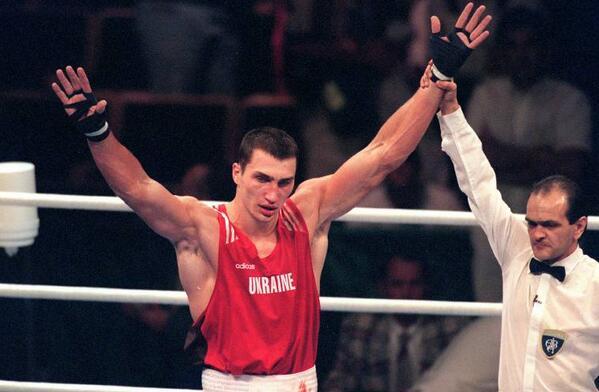 """""""คลิทช์โก"""" หนุน WBA เทคโอเวอร์มวยโอลิมปิกแทน """"ไอบ้า"""""""