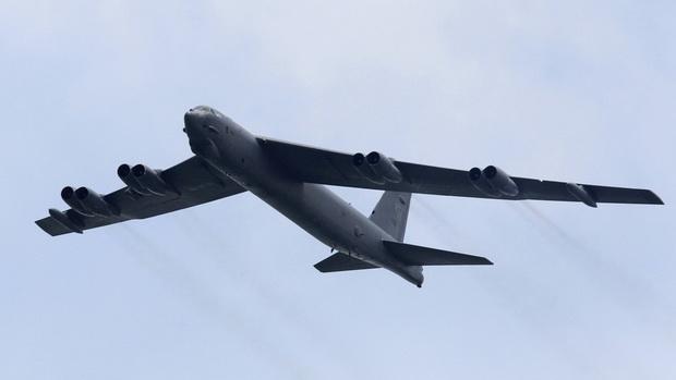 เครื่องบินทิ้งระเบิด B-52