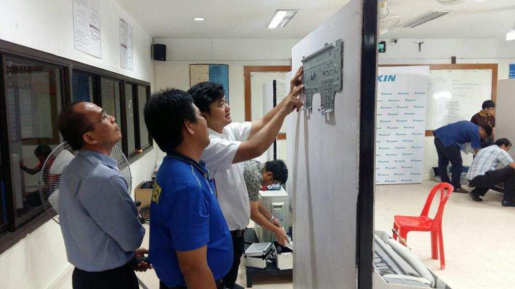 ติวเข้มครูช่างสาขาเครื่องทำความเย็นรู้เทคโนโลยีใหม่ถ่ายทอดสู่ผู้เรียน