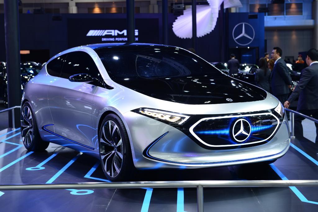 รถต้นแบบไฟฟ้า EQA