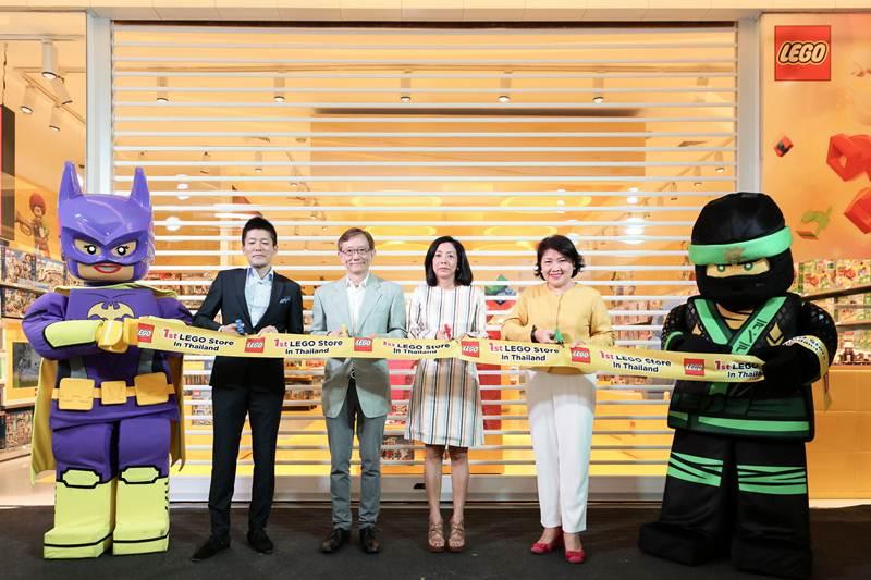 """เปิดอาณาจักรสุดอัศจรรย์ """"Lego Shop"""" แห่งแรกในเมืองไทย"""