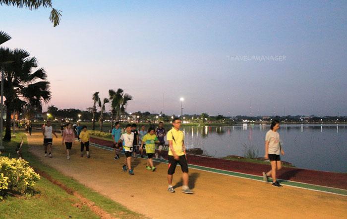 สวนสาธารณะบึงทุ่งสร้าง คนขอนแก่นนิยมมาออกกำลังกาย