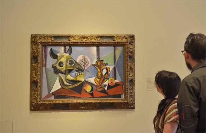 Bull Skull, Fruit, Pitcher, 1939 Oil on canvas โดย Pablo Picasso