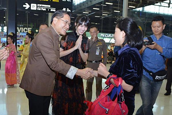 ไทยต้อนรับนักท่องเที่ยวจากจีนแผ่นดินใหญ่คนที่ 10 ล้านอบอุ่น