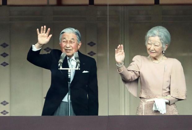 ชาวญี่ปุ่นเข้าถวายพระพรวันเฉลิมพระชนมพรรษาสมเด็จพระจักรพรรดิมากเป็นประวัติการณ์ (ชมคลิป)