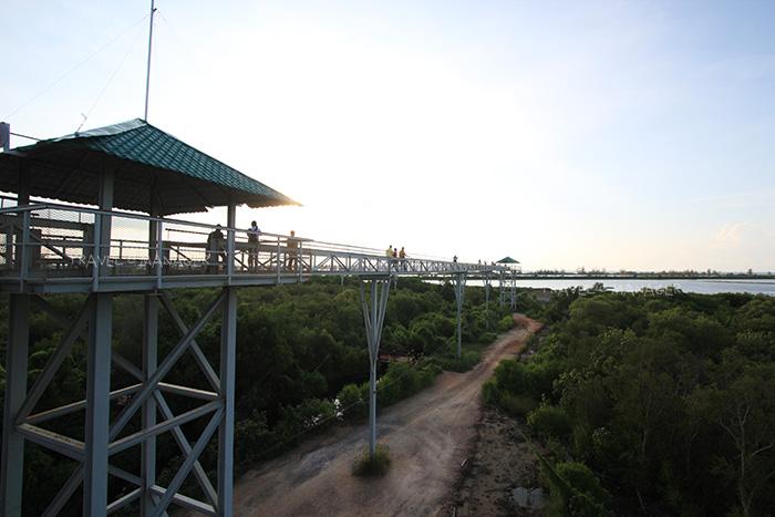 สะพานโครงสร้างเหล็ก มีความยาว 400 เมตร