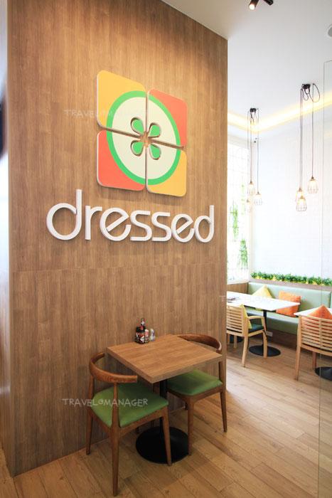 """ด้านในร้าน """"Dressed"""""""