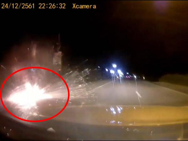 เผยวินาทีโจรใต้กดบึ้มสนั่นริมถนนปัตตานี-นราธิวาส เป็นเหตุให้ตำรวจดับ และบาดเจ็บ