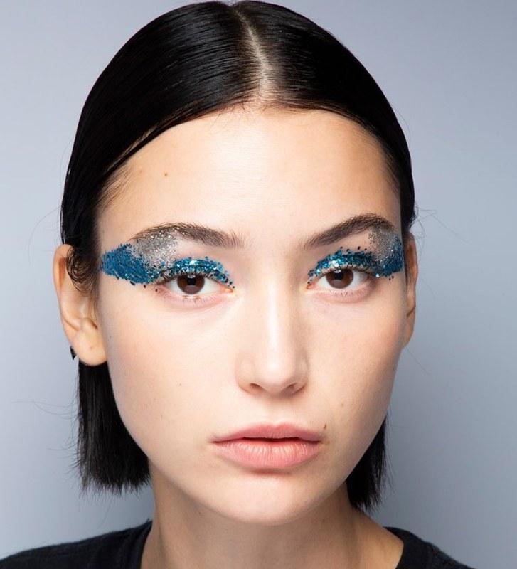 Glittery Eye จาก Tadashi Shoji