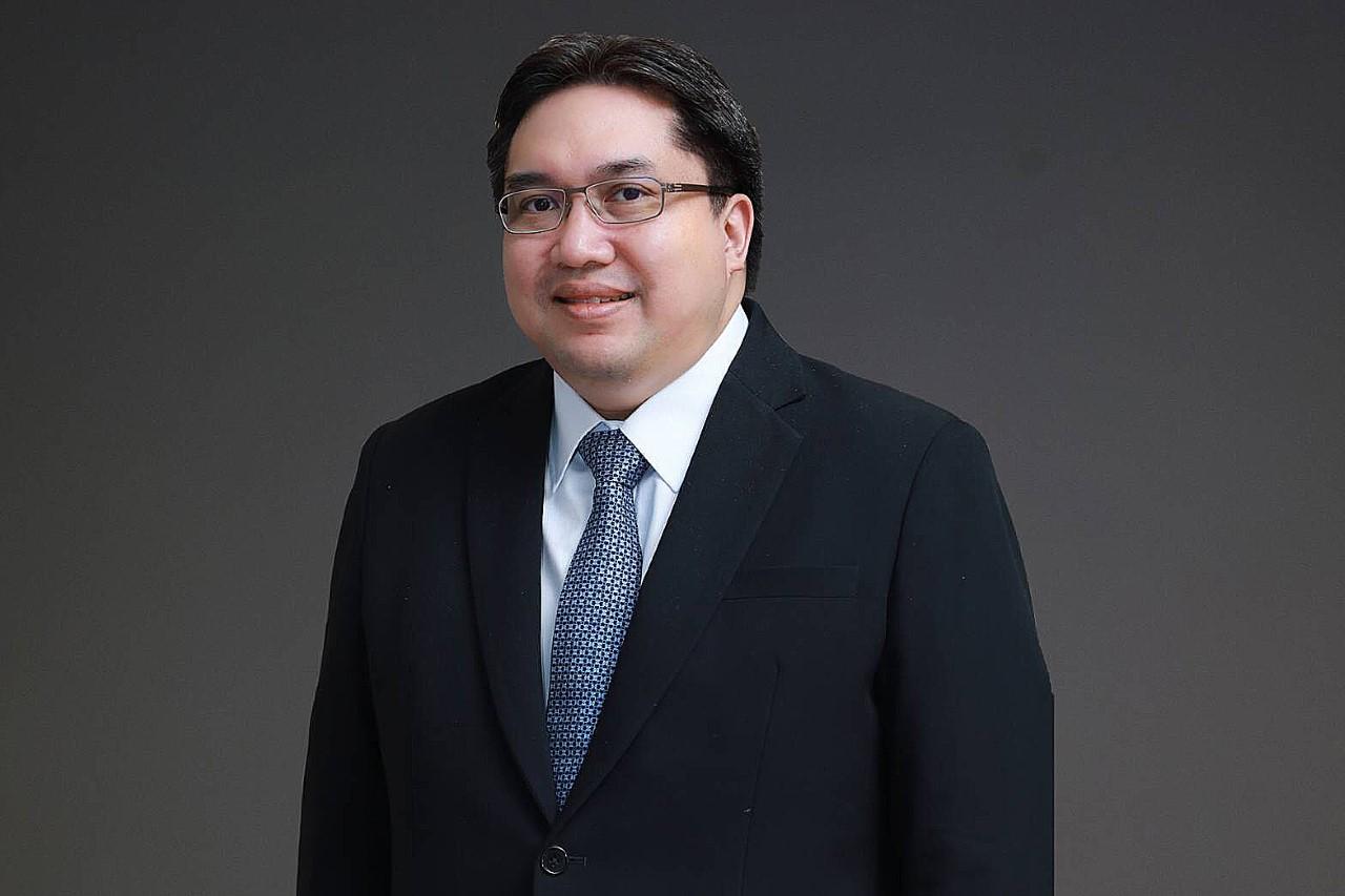 นายศรพล ตุลยะเสถียร รองผู้จัดการ หัวหน้าสายงานวางแผนกลยุทธ์องค์กร ตลาดหลักทรัพย์แห่งประเทศไทย หรือ ตลท.