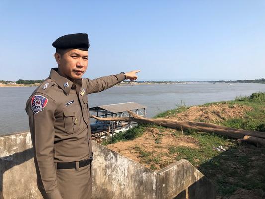 พ.ต.ต.จีรยุทธ์ นิยมเดช สารวัตรตำรวจน้ำ 3 กองกำกับการ 11 กองบังคับการตำรวจน้ำหนองคาย