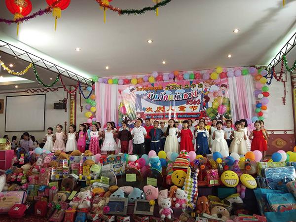 """โรงเรียนจงฝามูลนิธิเบตง จัดงานวันเด็กปี 62 ชูแนวคิด """"เด็กไทย รู้คิด มีจิตอาสา"""""""