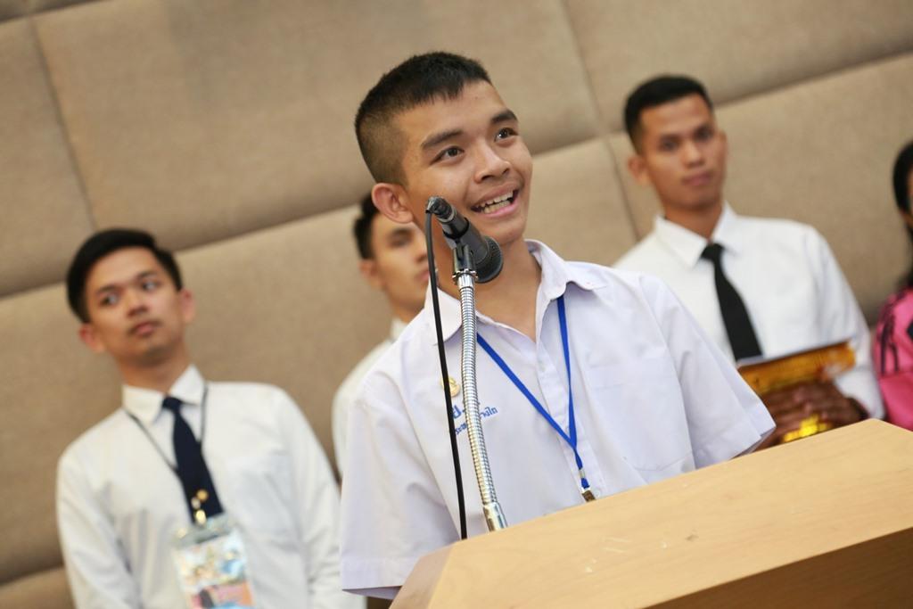 นายวีระพล ช่างไถ ประธานสภานักเรียน ประจำปี 2562