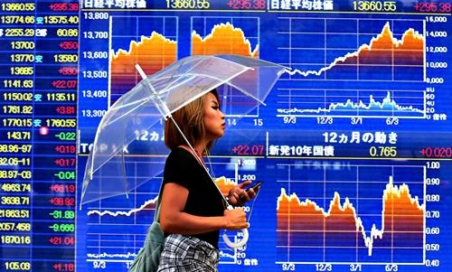 ตลาดหุ้นเอเชียผันผวน วิตกเศรษฐกิจโลกชะลอตัว