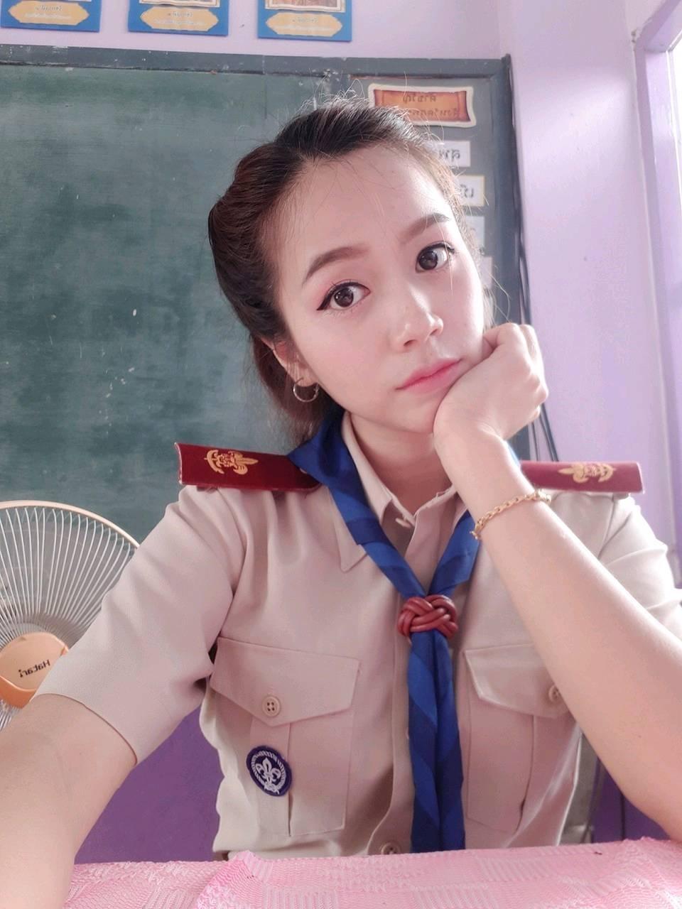 ครูพร สอนวิชาภาษาไทย รร.เทศบาล4 จ.กาญจนบุรี