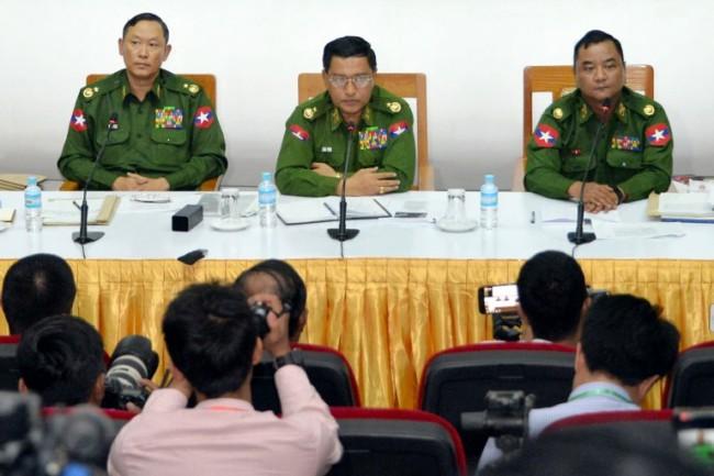 กองทัพพม่าตั้งโต๊ะแถลงผลปะทะกลุ่มกบฎในยะไข่ ฝ่ายศัตรูดับ 13 ราย