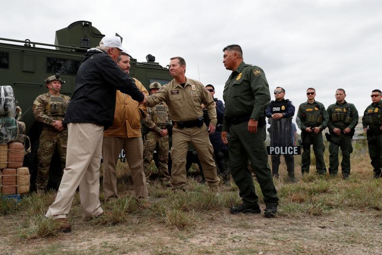 ประธานาธิบดี โดนัลด์ ทรัมป์ เยี่ยมเจ้าหน้าที่บริเวณชายแดนเม็กซิโก-สหรัฐฯ