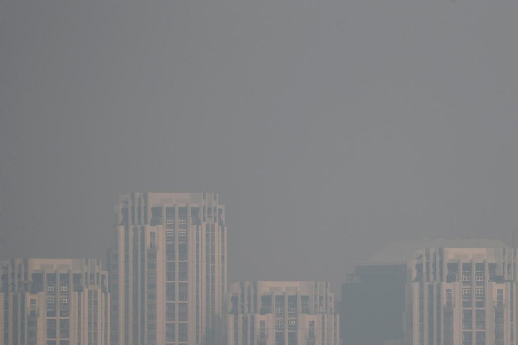 คพ. เสนอ หากฝุ่น PM 2.5 สาหัส 3 วันติด อาจต้องห้ามใช้รถส่วนตัว