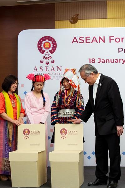 เอสซีจี ชูนวัตกรรม Green Meeting จากกระดาษรีไซเคิล  ในการประชุม ASEAN SUMMIT 2019 ที่ จ.เชียงใหม่