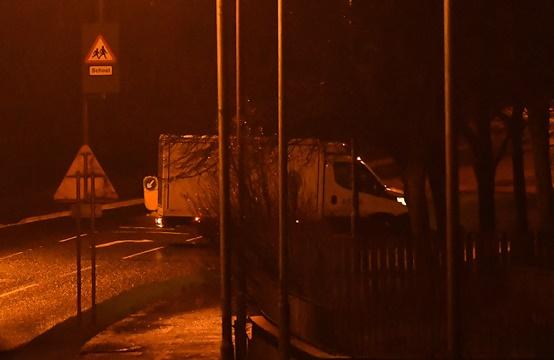 รถบรรทุกที่ถูกทิ้งซึ่งคาดว่าจะมีระเบิดอยู่ด้านในวันจันทร์(21)